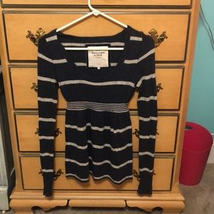 Abercrombie and Fitch sweater size m